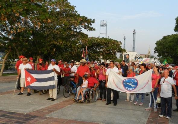 Asociación de Limitados Físicos Motores encabezó el desfile