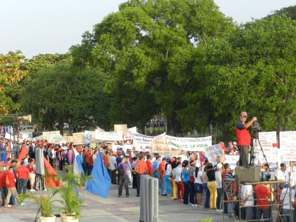 Miles de camagüeyanoa  conurrieron al 1  de mayo