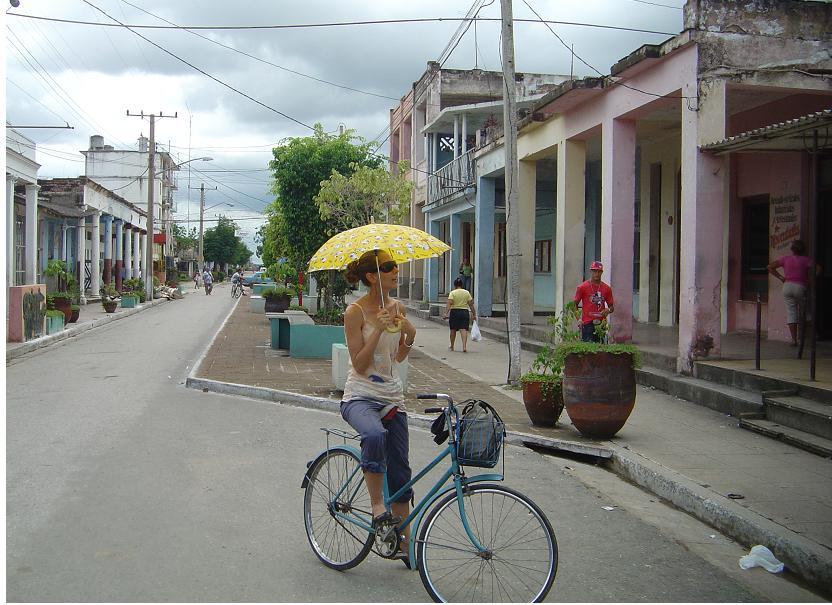 Vertientes, Camagüey: ciudad donde se inmortalizó a «El Bárbaro del Ritmo»  (1/5)