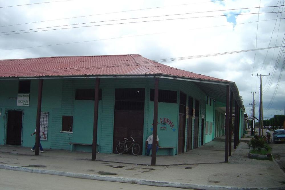 Vertientes, Camagüey: ciudad donde se inmortalizó a «El Bárbaro del Ritmo»  (2/5)