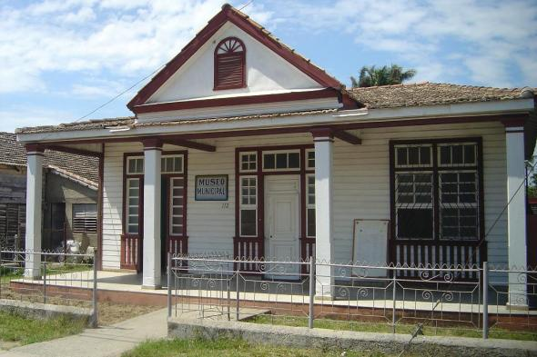Santa Cruz del Sur. Museo Municipal