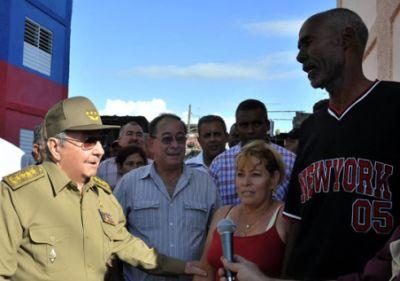 Raúl en Santiago de Cuba