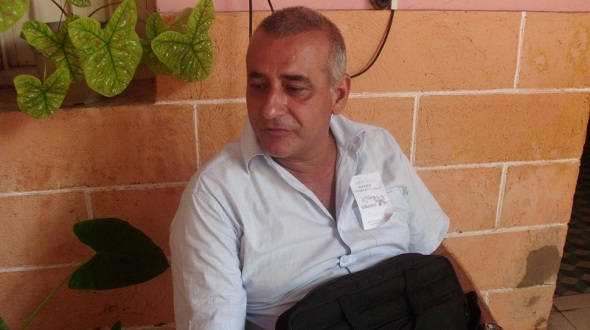 Daniel Pérez, academico