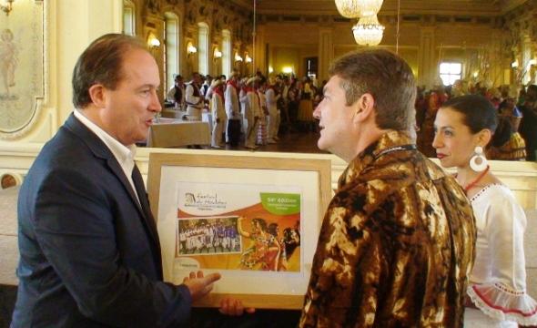 Momentos de reconocimiento a la dirección de Camagua en Bëlgica