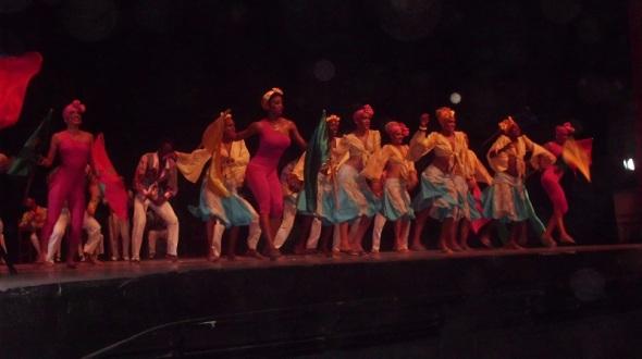 Conjunto Folklórico Nacional muy aplaudido en Camagüey
