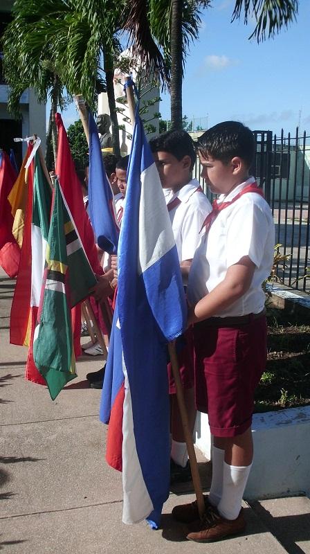 El colectivo (en el que se educa a favor de una cultura de armonía), ostenta el Premio Pilar de la Paz concedido por la Organización de las Naciones Unidas para la Educación, la Ciencia y la Cultura