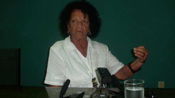 la profesora cubana Dalia Aguilar (fundadora del folklórico de Camagüey)