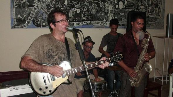 En el encuentro se contó con la actuación del grupo Ksave Blues