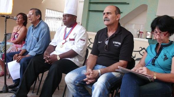 Trabajar en la preservación de la entidad cultural árabe-islámica objetivo de, la filial camagüeyana  de la Unión Árabe de Cuba