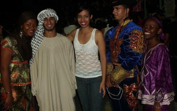 Becarios de 42 naciones concurrieron a fiesta universitaria camagüeyana