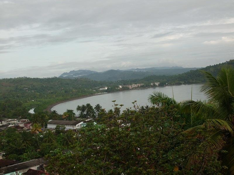 El paisaje es sorprendente no solo por su bahía en forma de gran laguna o de herradura entre montañas Fotpo L. Najarro