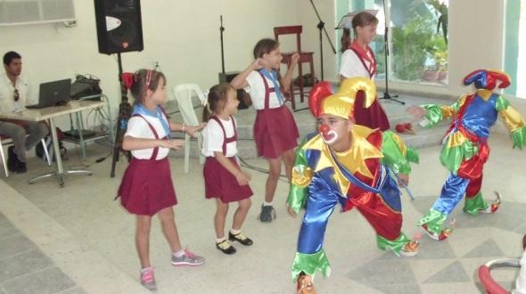 Homenaje póstumo a la cantautora cubana Teresita Fernández (2)