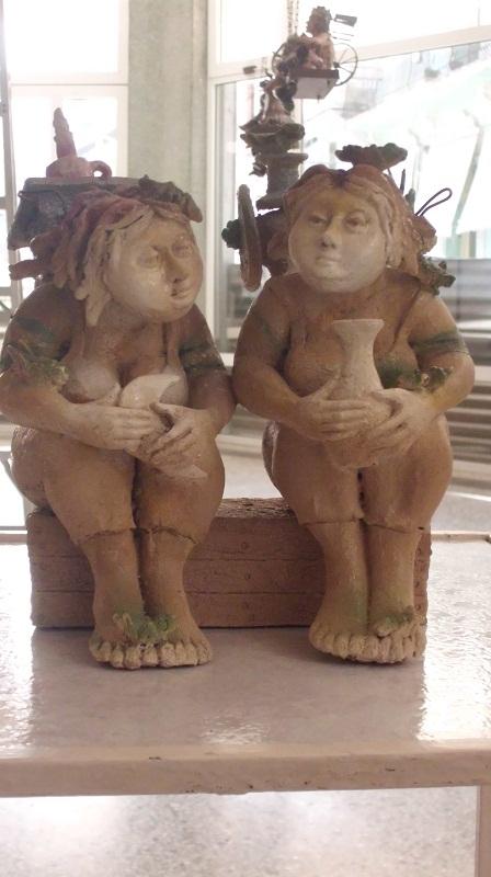 En esas fisonomías femeninas en la obra de Jiménez están la fertilidad, lo sensual, la acogida, el sacrificio, la paciencia, la perseverancia, la liberación y lo erótico