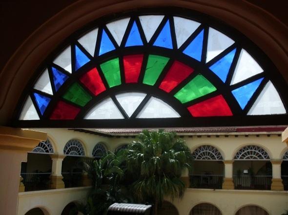 Vitrales en edificaciones arquitectónicas de Camagüey