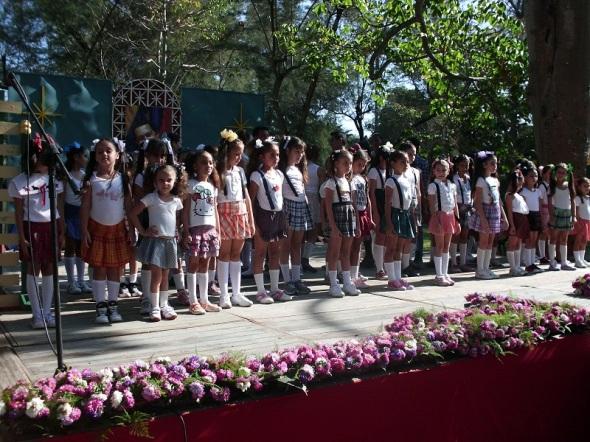 Compañía de ballet contemporáneo infantil-juvenil.