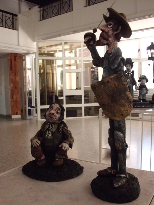 Don Quijote y Sancho Panza, personajes ficticios en la novela El ingenioso hidalgo Don Quijote de la Mancha, de Miguel de Cervantes Saavedra