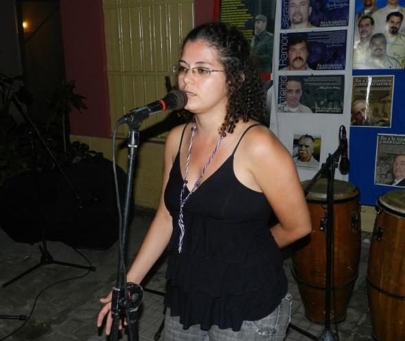 Estudiante brasileña de quinto año de medicina Dheise Santana