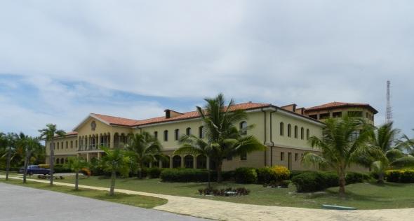 Nueva planta hotelera de 31 habitaciones se ejecuta en una moderna mansión de valores arquitectónicos en la playa de Santa Lucía