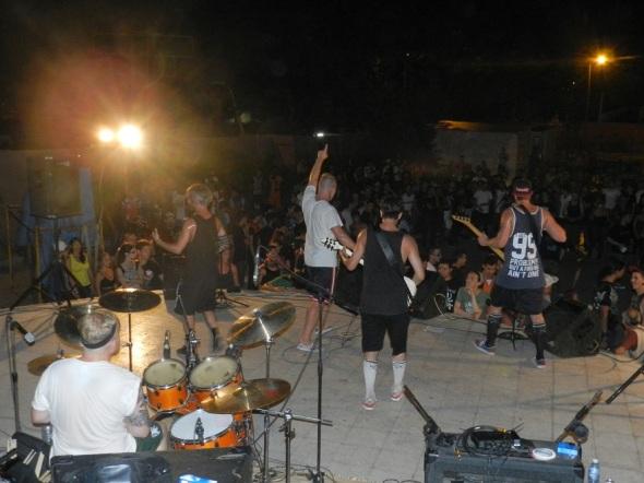 Bandas europeas Insanity (Suiza), Dead Cowboys (Francia), Carnal Demise (Finlandia) y Neid (Italia).