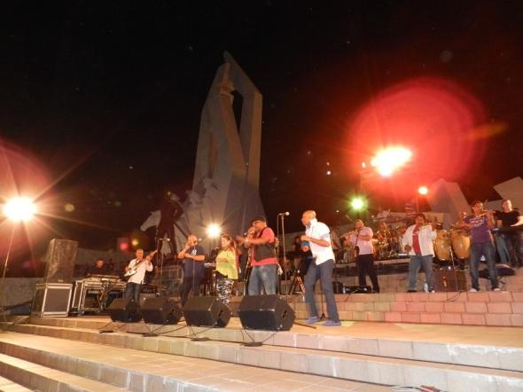 Los Van Van actuaron en la Plaza de la Revolución Ignacio Agramonte de Camagüey
