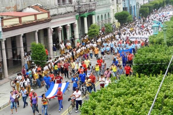 Desfile en Camagüey por la paz y la justicia