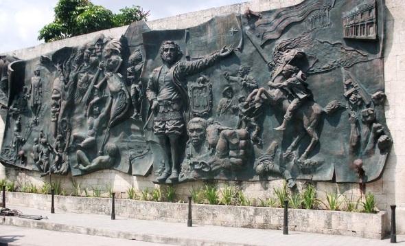 Mural de la prehistoria en Holguin. Foto Lázaro David Najarro