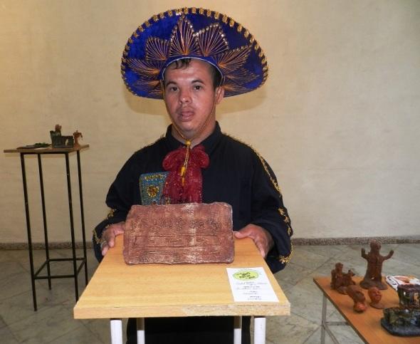 Raydel vazquez muestra su obra La última cena