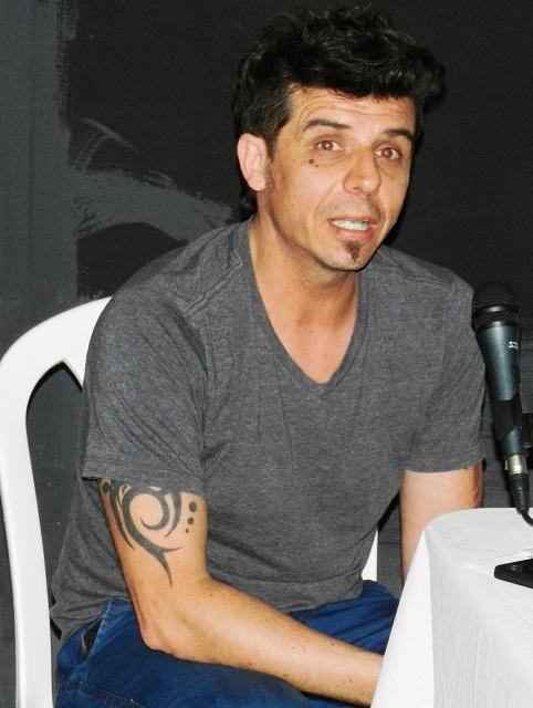 Adrian Minutti, gestor y productor uruguayo de redes latiniamericanas de teatro