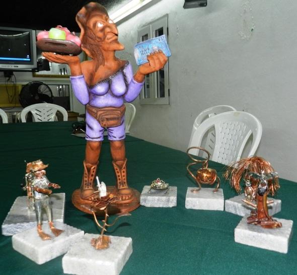 Algunas de las piezas que se mostraran en las exposiciones colaterales. Foto Lázaro David Najarro (2)