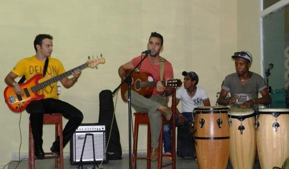 Música latinoamericana y caribeña en jornada cubana Canto Adentro