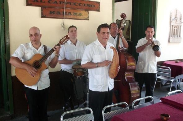 Música típica en La Habana Vieja