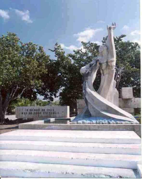 Monumento a las victimas del huracán del 9 de noviembre de 1932