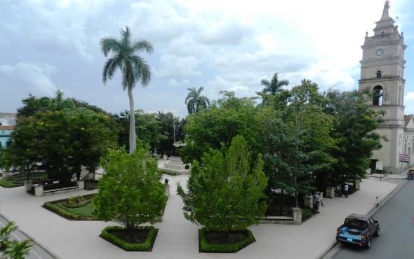 Parque Agramonte, antigua Plaza de Arma, en Camagüey, Cuba. Foto Lázaro David Najarro