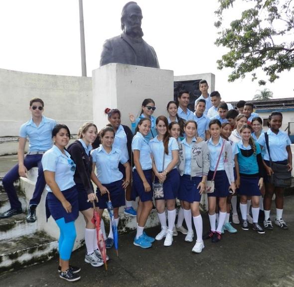 Estudiantes honran hoy al cientifico cubano Carlos J. Finlay