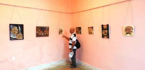 ¡A falta de pan… Casabe!, del artista de la plástica Eduardo Rosales