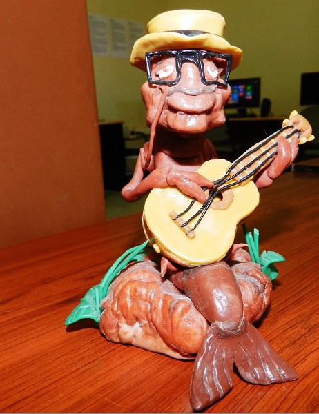 Personaje central de El Camarón Encantado en obra plástica