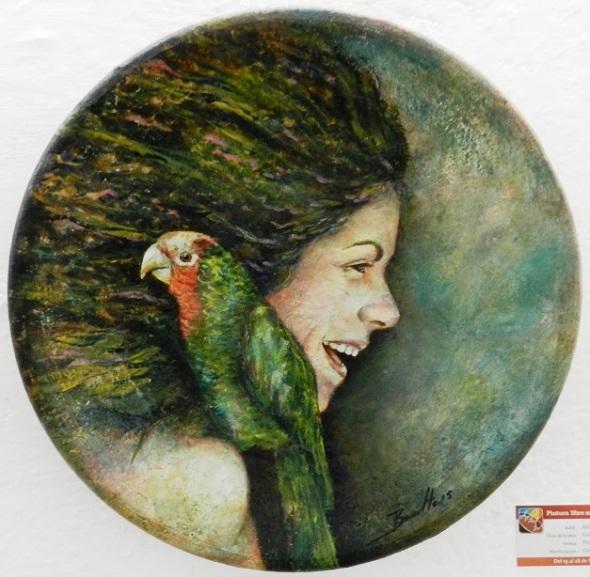 Título Cubanas,autor Orlando Basulto.  Pintura en  frío. Cerámica. Primer Premio