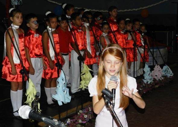 La niña narradora oral Laura Castelló. Foto Lázaro D. Najarro Pujol
