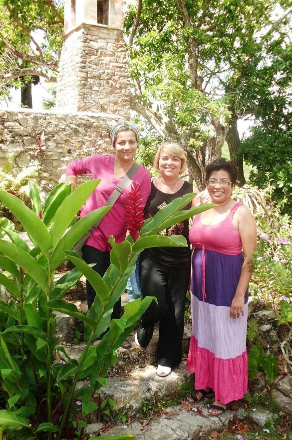 Visitantes en  Ruinas del Cafetal Buenavista en el Complejo Turístico Las Terrazas