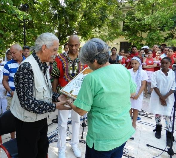 El africanista, guionista, folklorista y cantante cubano Regelio Martínez Furé