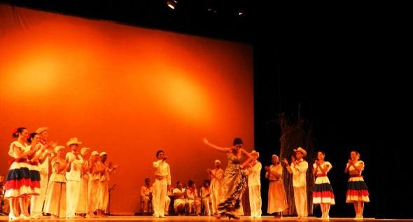 El Ballet Folklórico de Camagüey estrenó hoy aquí el espectáculo De La Habana vengo a La Habana voy