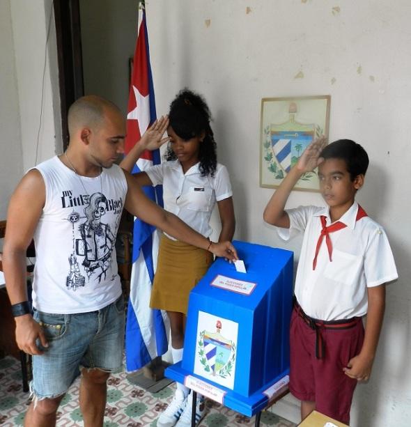 La activa participación, entusiasmo y ambiente festivo es una muestra del acompañamiento de los camagüeyanos a la Revolución