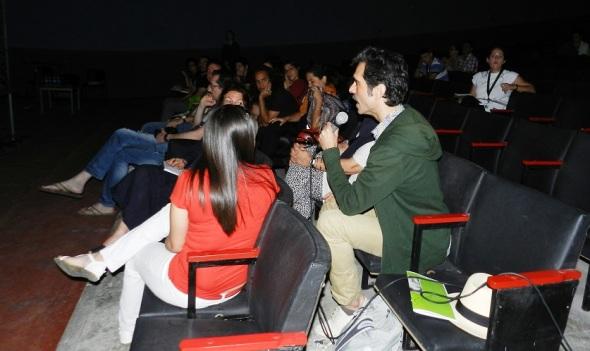 Sesiones teóricas VI Festival Internacional de Videoarte de Camagüey . Foto Lázaro D. Najarro