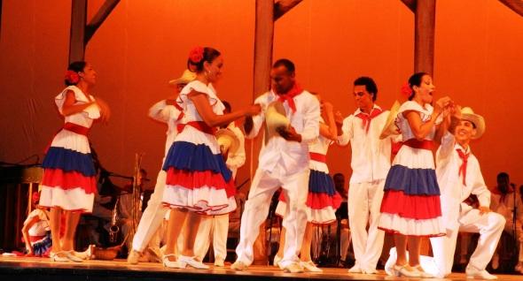 Una escenificación de los orígenes de La guajira flamenca en la música cubana