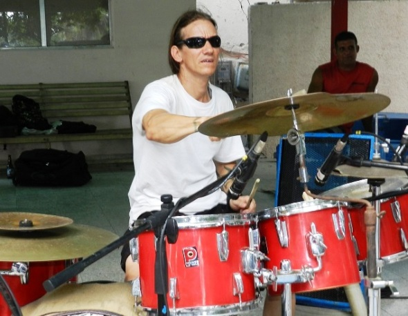 Baterista  Luis Daniel Batista