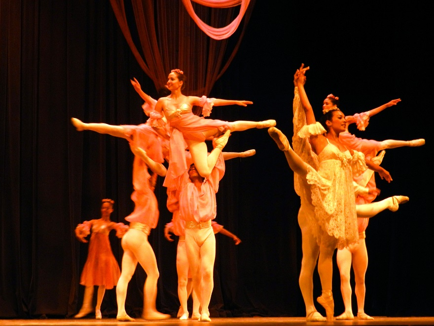 Conceden a folklorista cubano Premio de Danza Lorna Burdsall (2/5)