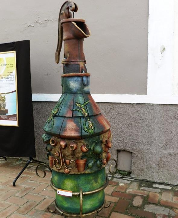 El conjunto de diez piezas a gran formato se exhiben hasta el venidero sábado en las proximidades de la Plaza de los Trabajadores en la otrora villa de Santa María del Puerto del Príncipe.