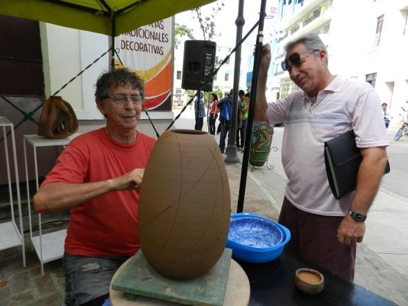 Nazario Salazar uno de los más prestigios ceramistas cubanos
