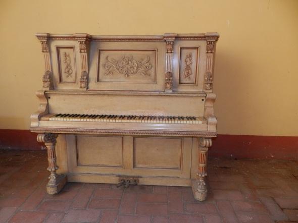 Piano que pertenecio a Hermnia Agramonte hija de Amalia Simoni e Ignacio Agramonte