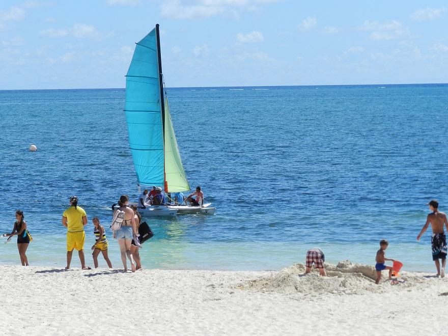 Un festival acuático-recreativo camagüeyano entre corales y arenas (1/6)